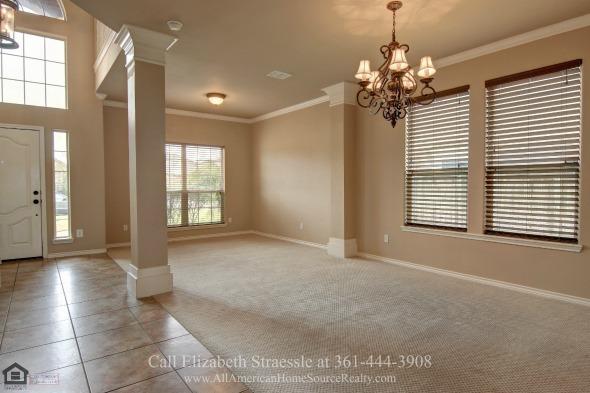 Real Estate Properties fOr Sale in Kings Crossing TX