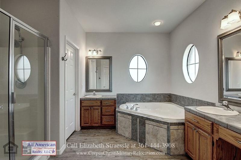 Real Estate Properties for Sale in Kingsville TX